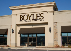 Boyles Distinctive Furniture Rating: