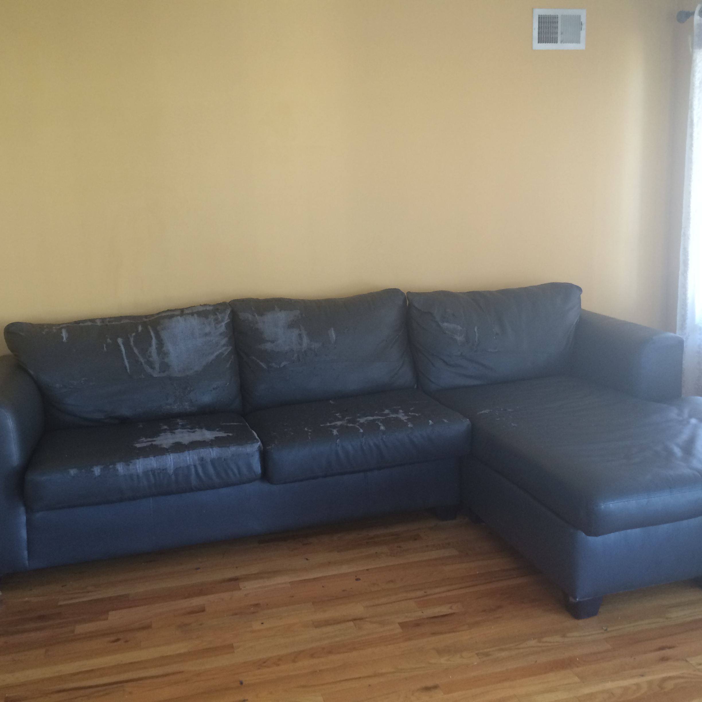 Jennifer Convertibles Inc Leather Sofa Consumer Reviews